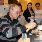 С. Федотов (Казань) дает мастер класс по тиснению на коже