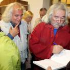 Минсалим подписывает книги Лауреатам премии и гостям