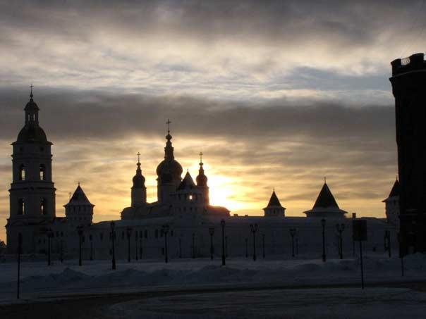 Февральский закат. Вид на Кремль из окна мастерской Минсалима