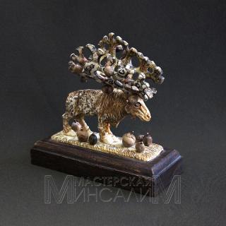 Скульптура «Яблочный Лось»